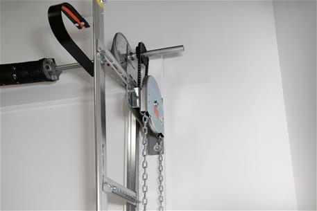 Safe-T-Stop-ChainHoist-Detail